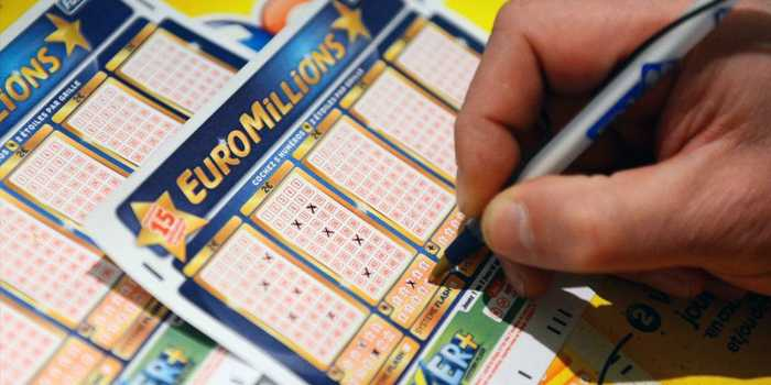 ลอตเตอรี EuroMillions (euromillions) - วิธีเล่นจากรัสเซีย: วิธีซื้อตั๋ว + ข้อบังคับ | ลอตเตอรี่ต่างประเทศ