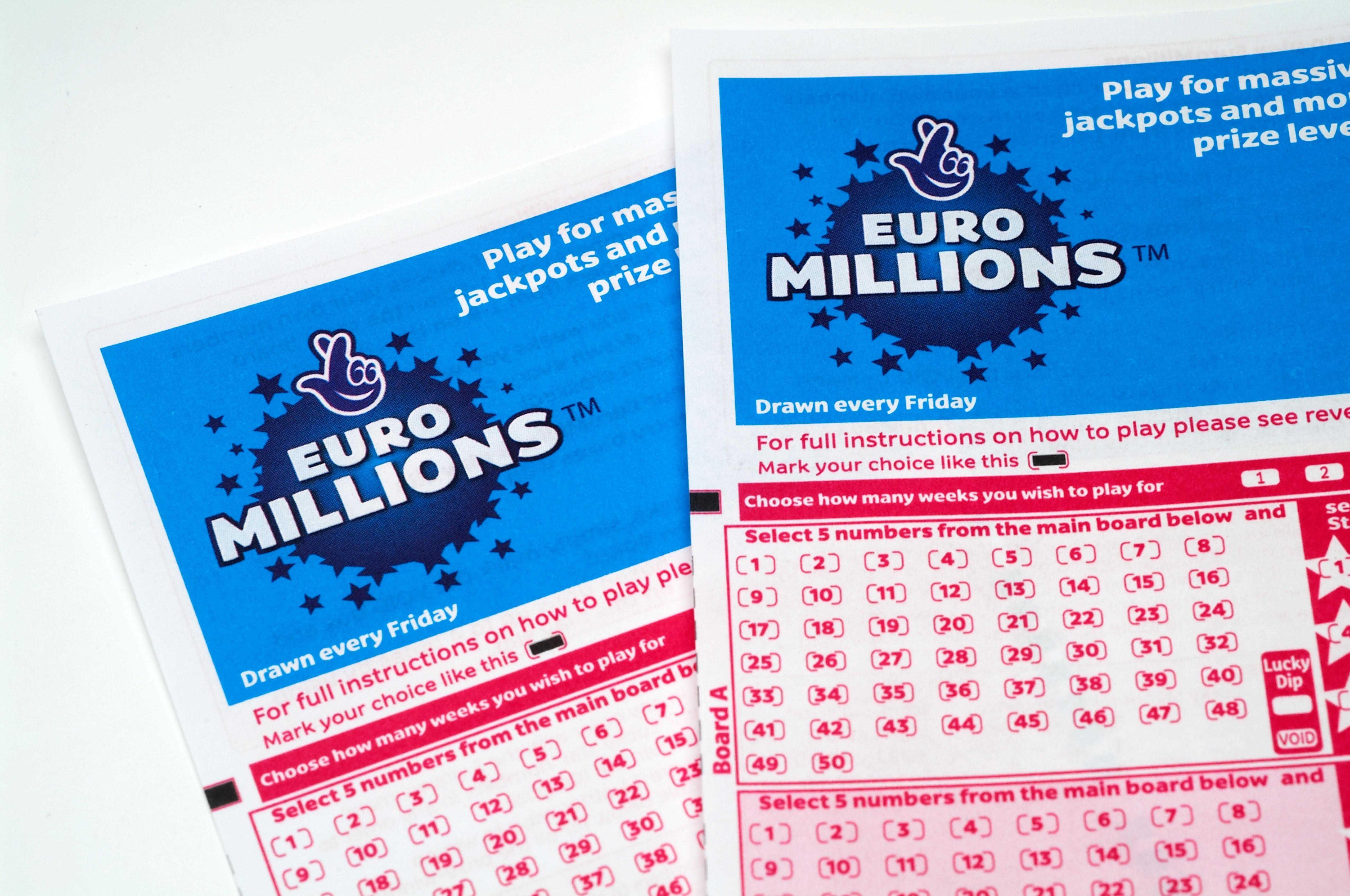 ผลลัพธ์ Euromillions - จากการจับรางวัลยูโรมิลเลี่ยนล่าสุด