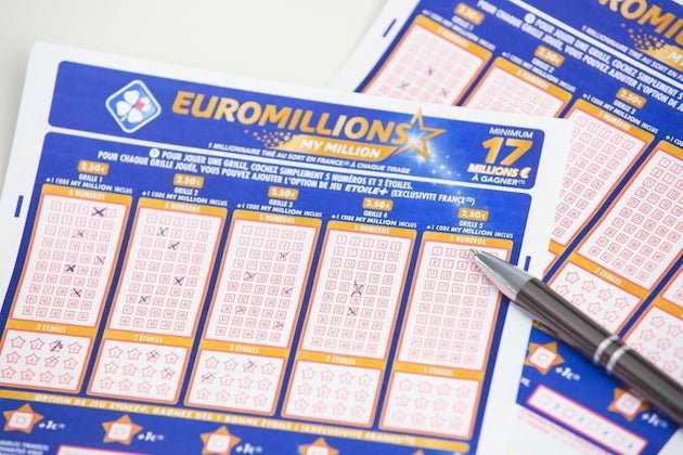 يانصيب EuroMillions (يوروميليون) - كيف تلعب من روسيا: كيف تشتري تذكرة + اللوائح